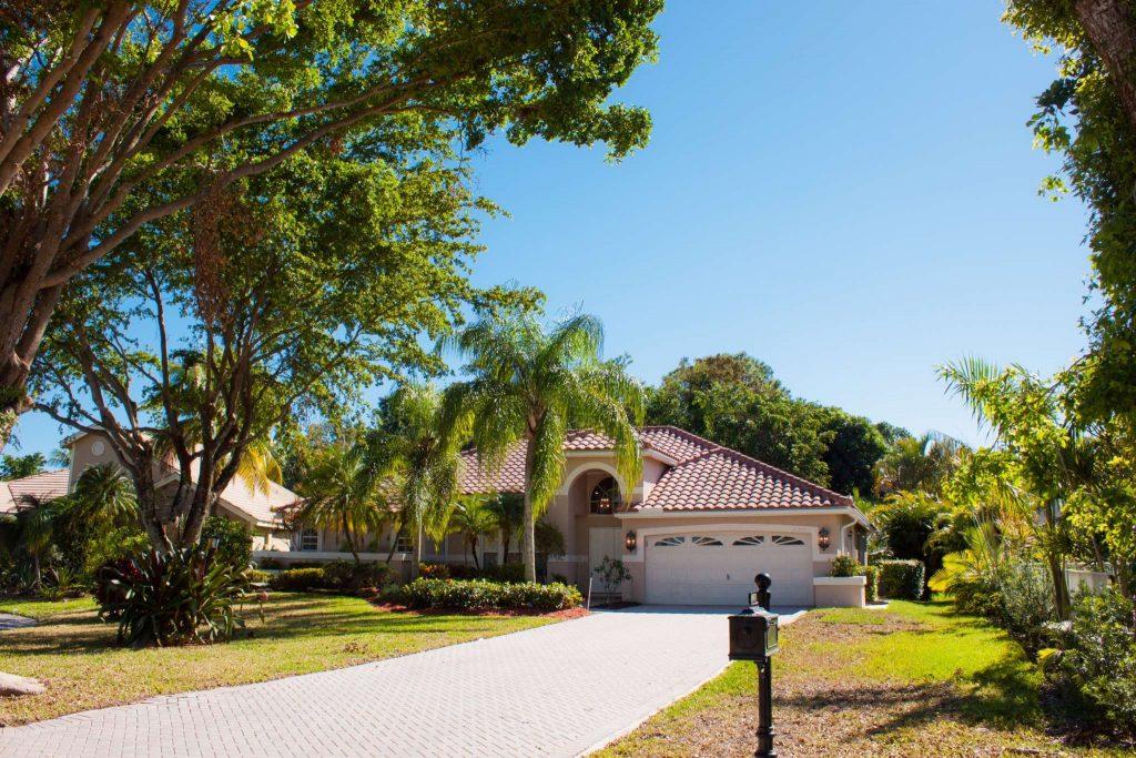 4851 Chardonnay Drive Coral Springs FL 33067