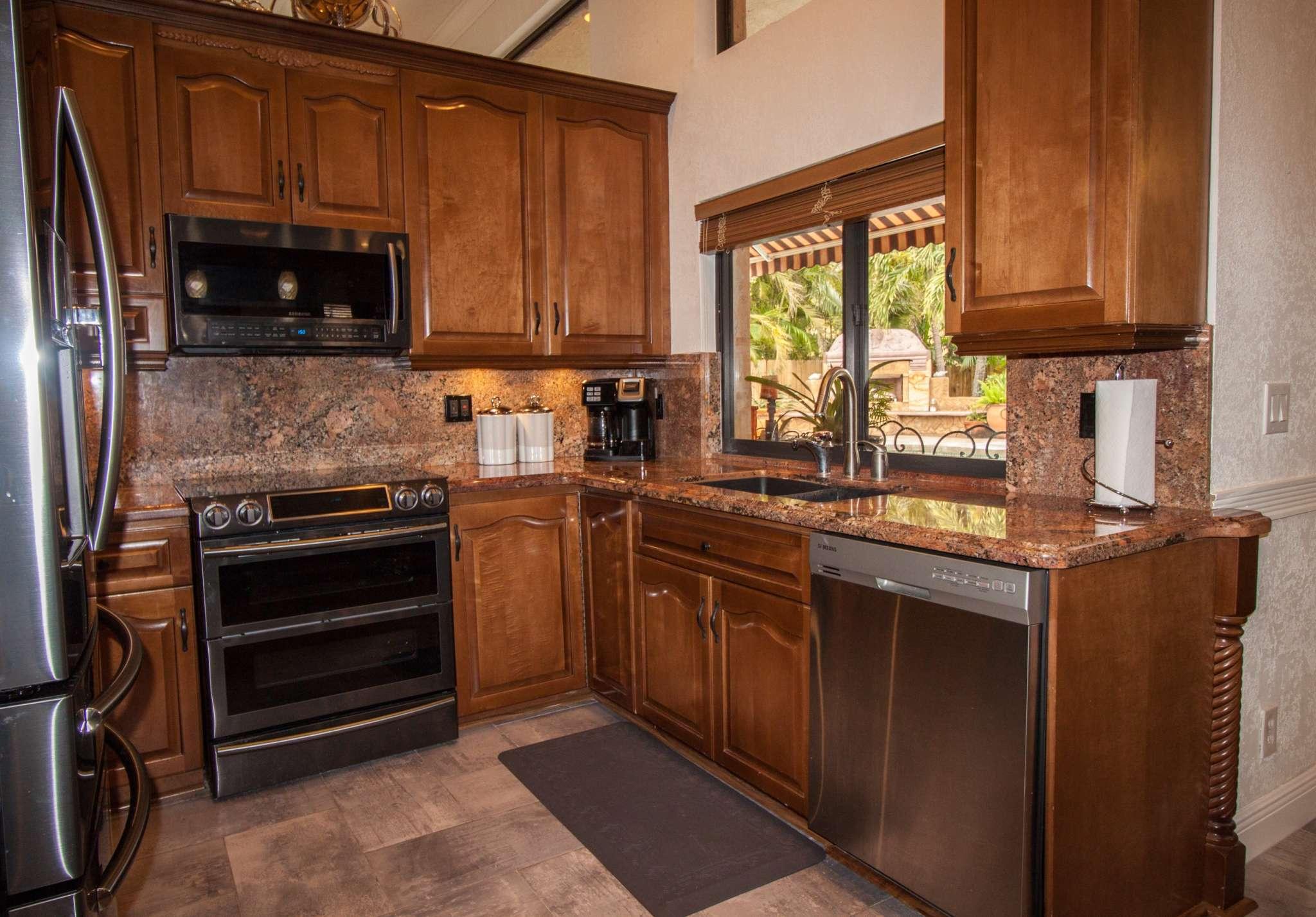 Carriage Pointe Estates Kitchen
