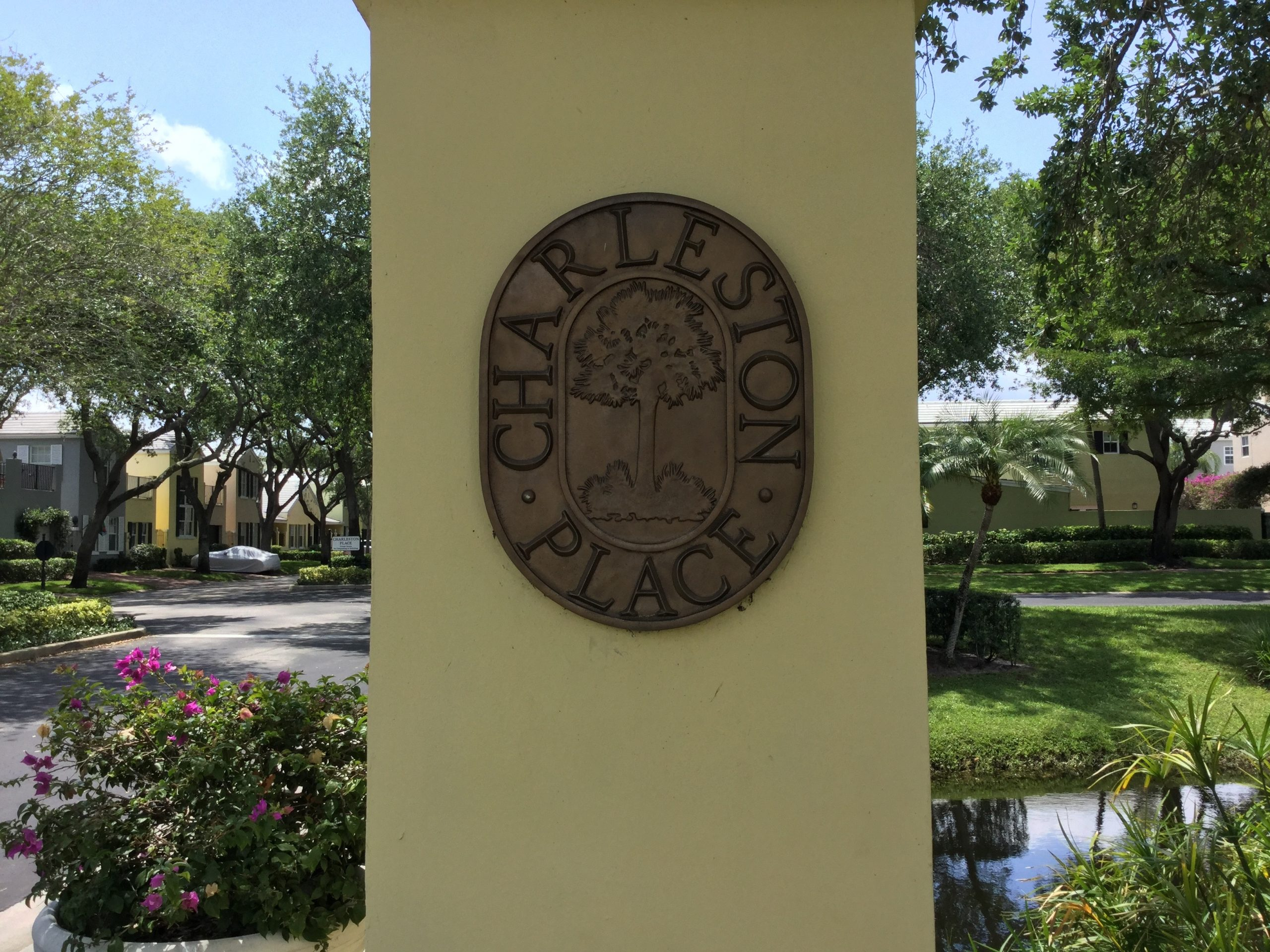 Home values in Charleston Place Boca Raton FL