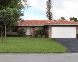 10842 NW 15th Street Coral Springs in Cypress Run $270,000 – SOLD